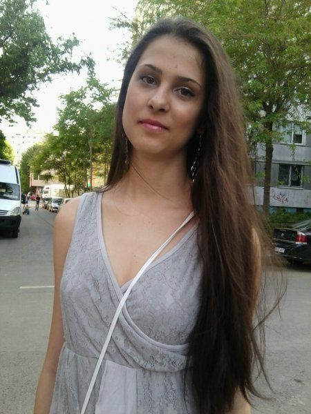 Andreea Monica