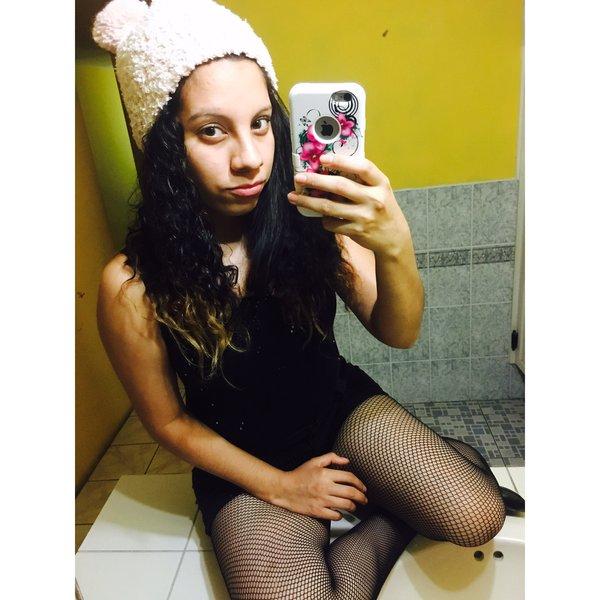 Esenia Raquel