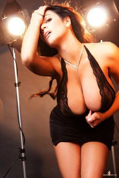 Raquel Steele
