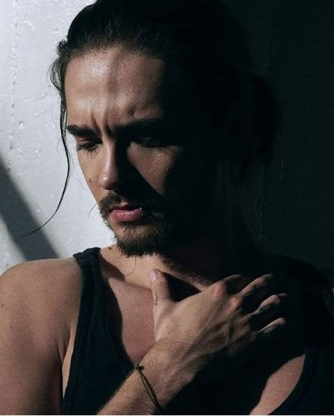 Tom Kaulitz Bones